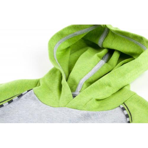 Худи с зеленым капюшоном